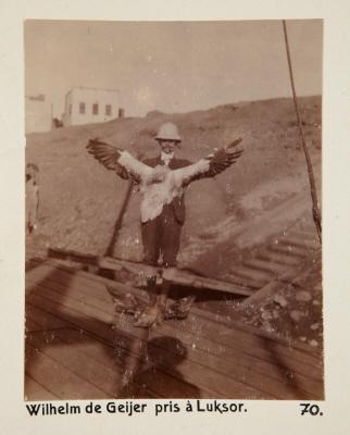 Fotografi. Wilhelm von Geijer, fotograferad i Luxor, Egypten.
