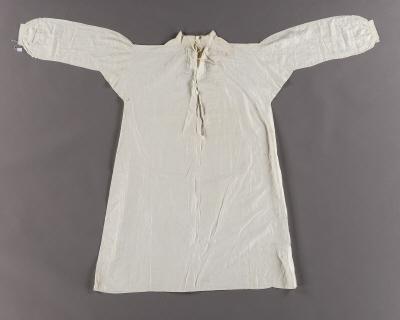 Nattskjorta som tillhört Oscar I.
