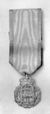 Konung Oskar II:s och drottning Sofias guldbröllopsminnestecken 1907.
