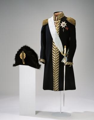 Ordensband för riddare och kommendör av Serafimerorden, Sverige.