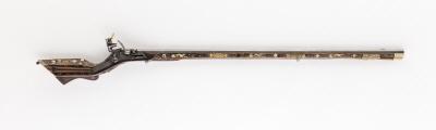 Snapplåsbössa, Teschitzbössa, 1600-talets mitt, låset troligen utbytt.