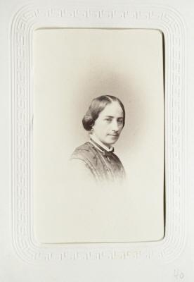 Fotografiporträtt på Amalia von Bülow.