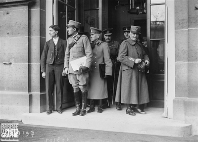 PARIS - GUERRE - CONFERENCE DES ALLIES