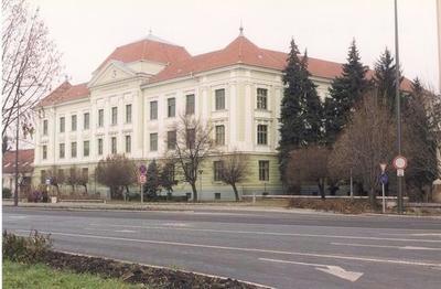OMNIA - Békéscsaba 1dcd4d1679