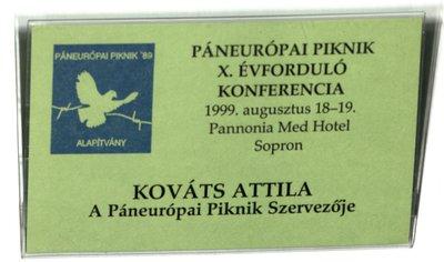 Szervezői kitűző (a Páneurópai Piknik 10. évfordulóján)