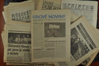 Soubor tisku z roku 1989 - 1990