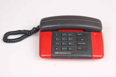 První telefon OF v Plzni