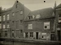 Panden gelegen om het Boerenverlaat voor de herstelwerkzaamheden, 25 januari 1924