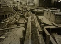 De kistdam in de Rotte tijdens de drooglegging van het Boerenverlaat voor het uitvoeren van herst..., 7 april 1924