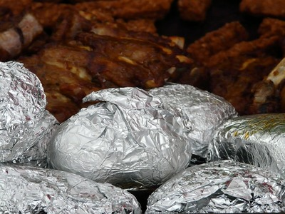 Πατάτες στα κάρβουνα