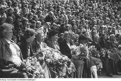 Schule, u.a. 1. Grundschule Dresden, - Verschiedenes, 1955