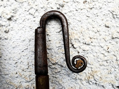 Péntek János kiskőrösi kovács által készített juhászkampó, gamó