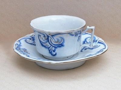 Alt Wien porcelán teáscsésze aljjal