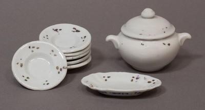 Porcelán étkészlet leveses tálja