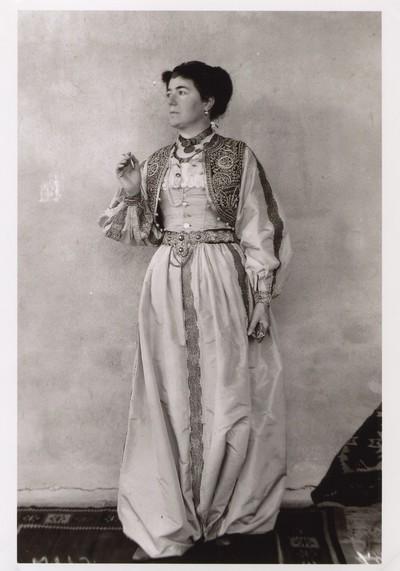 Dress of a wealthy townswoman