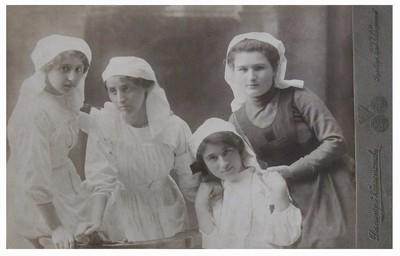Portrait of World War I Samaritan nurses