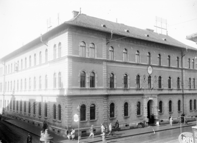 Palatul Poştei (strada Regele Ferdinand)