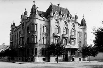 Palatul Prefecturii Cluj (Bulevardul 21 Decembrie 1989)