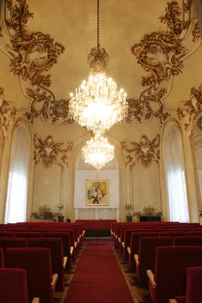 Interior al Muzeului de Artă din Craiova_69