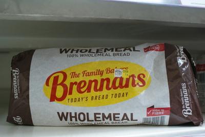 white sliced loaf