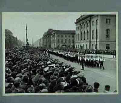 Skagerrak-Wache für gefallenen Kameraden. Unter den Linden. Text auf der Rückseite