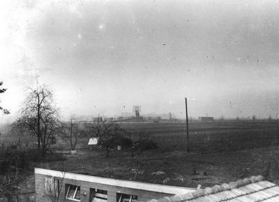 Aan het eind van de zomer in 1942 werd aan de Ringweg in Aalten een radar-peilstation gebouwd met rondom barakken voor huisvesting van Duitse militairen. Uit het boek Aalten in Oorlogstijd van J.G. ter Horst