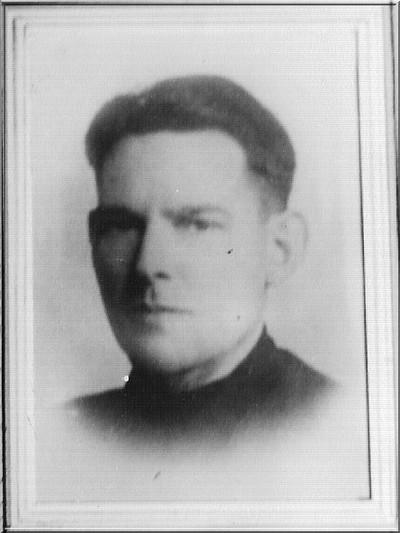 Cornelis Ruizendaal, geboren 18 mei 1909, leider van de Aaltense KP, vond op 20 april 1944 na een vuurgevecht met de SS de dood in een konijnenhok waarin hij zich had verscholen op een binnenplaats achter het huis van de familie Gastelaars in Doesburg. Uit het boek Aalten in Oorlogstijd van J.G. ter Horst