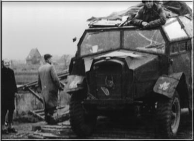 Bij het Tolhuis kwam een noodbrug op 30 maart 1945. Uit het boek Aalten in Oorlogstijd van J.G. ter Horst