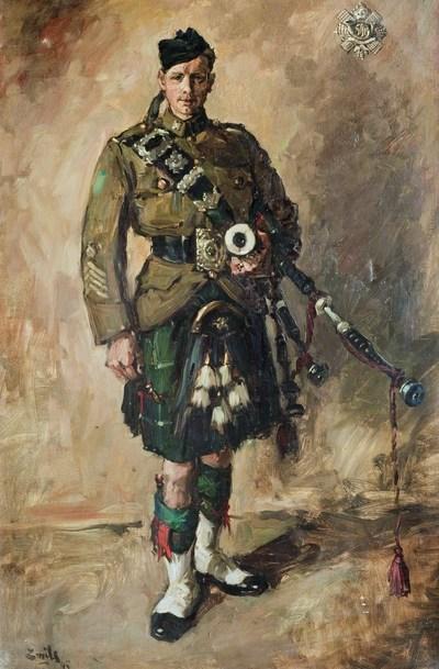 Schotse soldaten worden in de strijd, tot op de dag van vandaag, begeleid door hun doedelzakspelers. Met het felle geluid van hun instrumenten vuren zij de mannen aan in het gevecht. In dit schilderij - olieverf op doek - legde de schilder een doedelzakspeler van de 'Highland Light Infantry of Canada' vast. De soldaat was één van de duizenden Schotse militairen die in de jaren 1944/45 in Nijmegen waren. Opvallend is dat hij een vooroorlogse 'service dress' draagt die als doublet is gesneden. Het is duidelijk een parade uniform. Op de rechtermouw zijn vier chevrons aangebracht die aangeven dat hij al jaren in dienst is. In de rechterbovenhoek van het schilderij is het 'wapen' te onderscheiden van de Highland Light Infantry of Canada. In dit 'wapen' is aan de onderzijde een bever opgenomen.