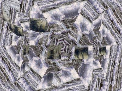 Deze afbeelding is een verwijzing naar een virtueel kunstwerk. Bij het maken van dit kunstwerk is gebruik gemaakt van Toegevoegde realiteit (TR) (eng: Augmented reality). Dit is een vakgebied dat zich bezighoudt met het zo realistisch mogelijk toevoegen van computergemaakte beelden aan de bestaande werkelijkheid. Het kunstwerk is te bezichtigen op een smartphone via de Layar Reality Browser. Deze is te vinden op www.layar.com of in de Appstore van iPhone. Het kunstwerk is op locatie te downloaden via http://www.layar.com/layers/veluwe. Judit Hettema werkt met fotografie en nieuwe media aan een oeuvre waarin ze ruimtes creëert. Voor dit project combineert ze video, fotografie en tekst om een nieuwe ervaring bij te kijker te ontlokken.