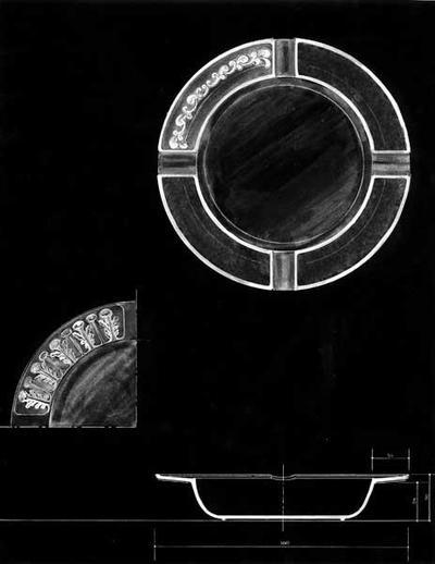 Ontwerptekening van een ronde asbak, waarvan een kwart van de rand is gedecoreerd, links een schets van een andere decoratie; rechtsonder een dwarsdoorsnede van de asbak.