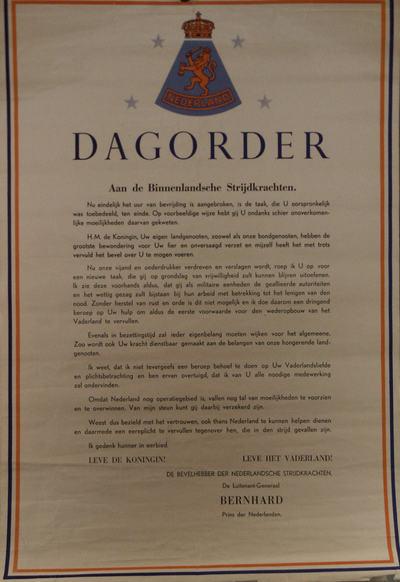 affiche met zwarte, oranje en blauwe inkt op papier, dagorder aan de binnenlandsche strijdkrachten