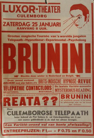 Affiche met rechtsboven een getekende kop. Uit de opengeknipte ogen schieten twee stralen. Verder tekst van het programma dat vertoond werd in het Luxortheater.