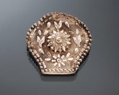 Broche gemaakt van een oorijzerstift, Friesland, 1855-1906