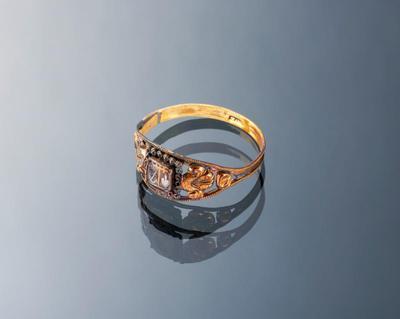 Gouden ring met haarwerk, Friesland, 1814-1906