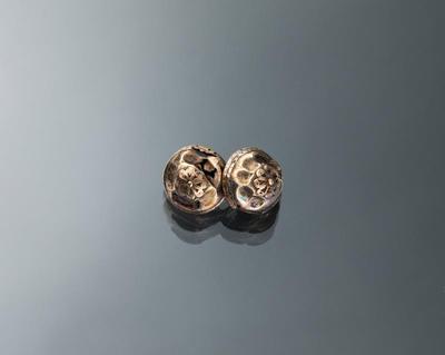 Paar zilveren keelknopen, Marken, 1850-1875