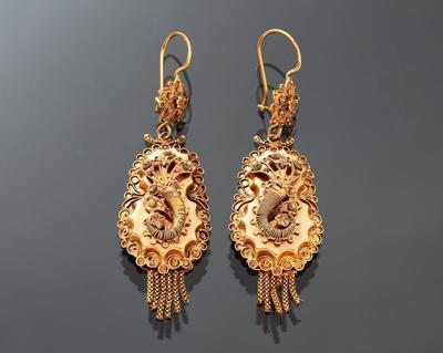 Paar gouden mutsenbellen, Rijssen, 1906-1953