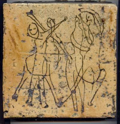 Annemieke Post heeft begin jaren zestig kunnen werken op de experimentele afdeling van de Porceleyne Fles, waar zij tegels maakte met ingekerfde figuren.