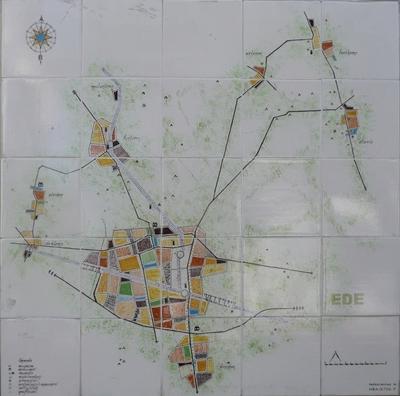 Deze landkaart toont onder meer de ligging van oude boerderijen, musea en grafheuvels binnen de gemeente Ede