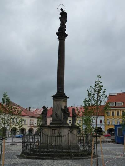 Jičín, Valdštejnovo náměstí - Mariánský sloup
