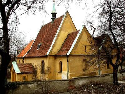 Praha 4, Podolí, Pod Vyšehradem, kostel sv. Michala, pohled od JV