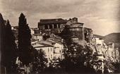Veduta del Castello di Civitacampomarano con il paese sottostante.