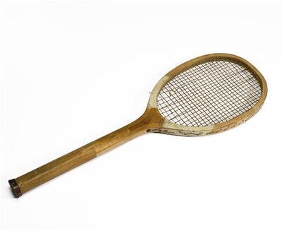 Tennisracket van hout