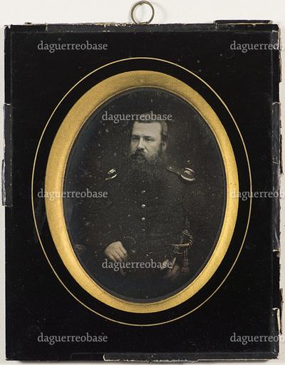Information about uniform found in book: ISBN 978-82-91218-56-4 Bind 1, page 415