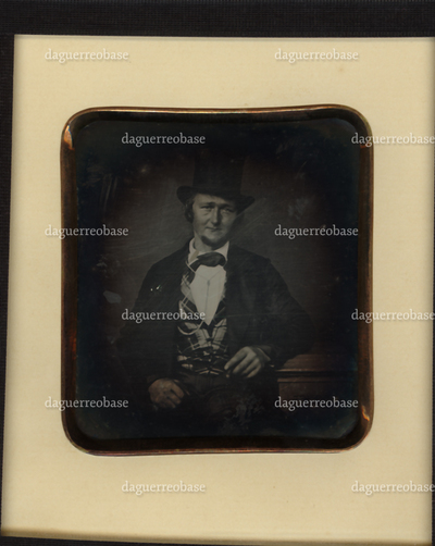 Portrait of a man, with hat