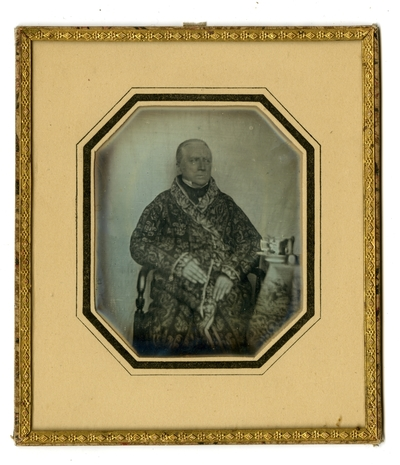 Photographer attribution is based on his use of materials as in his signed daguerreotype FAU023