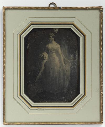 Daguerreotype of painting of Queen Aleksandra Fjodorovna.