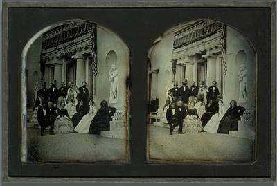 Portrait de quelques membres de la famille Eynard et de leurs amis devant la villa de Beaulieu