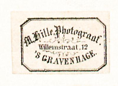 Etikett von M. Hille