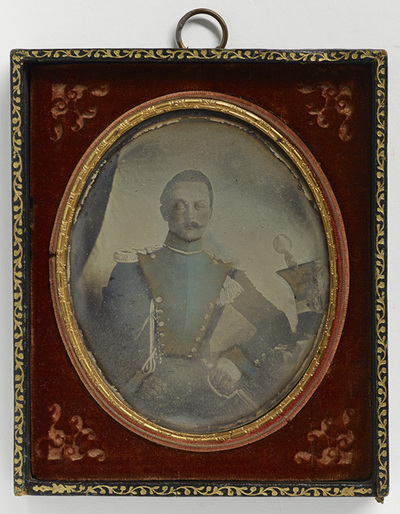 Portrait of Alexander Stewen-Steinheiliä in uniform.